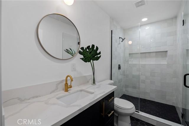 13211 Cumpston Street, Sherman Oaks CA: http://media.crmls.org/mediascn/1fd854ef-0aa0-4308-9f97-e5bf03d6b00c.jpg