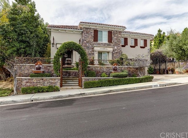 Property for sale at 29123 Black Pine Way, Saugus,  CA 91390