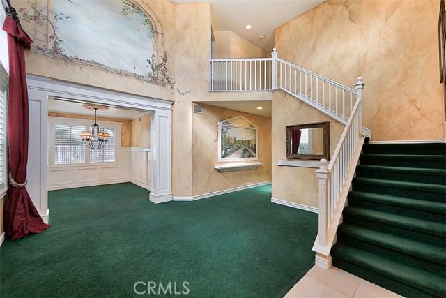 26061 Salinger Lane, Stevenson Ranch CA: http://media.crmls.org/mediascn/20a02bb4-0a29-4356-ae11-c25251f2dfc2.jpg