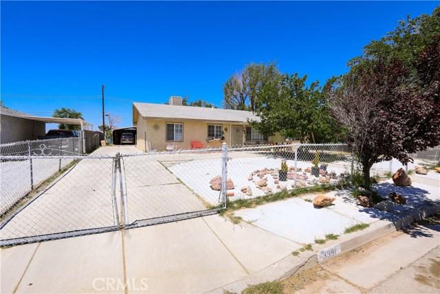 3391 Haven Street, Rosamond CA: http://media.crmls.org/mediascn/213bfe6f-46b7-41cf-92fa-f6079227bde0.jpg