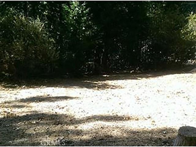0 Acacia Dr. and Pyramid Road, Crestline CA: http://media.crmls.org/mediascn/215230c0-39a6-4b18-a9c1-409556220425.jpg