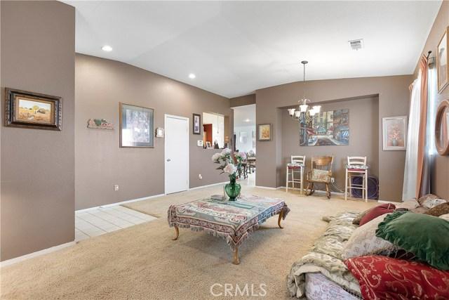 2829 E Avenue J4, Lancaster CA: http://media.crmls.org/mediascn/215ab61a-4ba8-43c6-ba4a-fc03580124cc.jpg