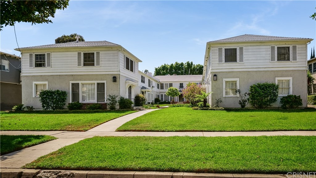Photo of 15214 DICKENS ST., Sherman Oaks, CA 91403