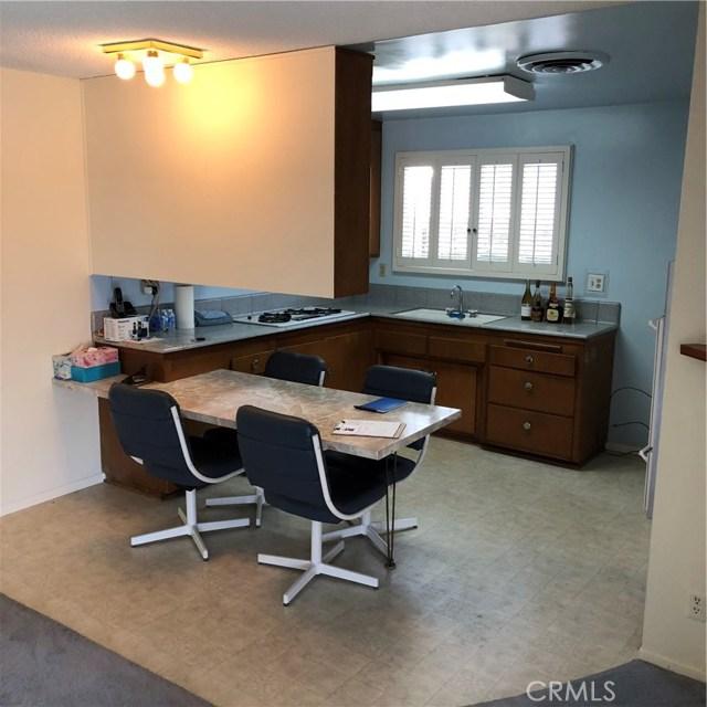 6622 Franrivers Avenue, West Hills CA: http://media.crmls.org/mediascn/218e83fa-1af3-4d52-a711-f16a2b2f6378.jpg