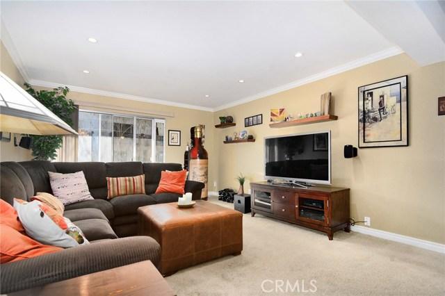 5460 White Oak Avenue, Encino CA: http://media.crmls.org/mediascn/21a0cb9d-e732-4380-9e73-87491f3f3a86.jpg