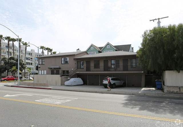 161 Ocean Park Boulevard  Santa Monica CA 90405