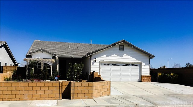 Property for sale at 43904 Cantabury Street, Lancaster,  CA 93536