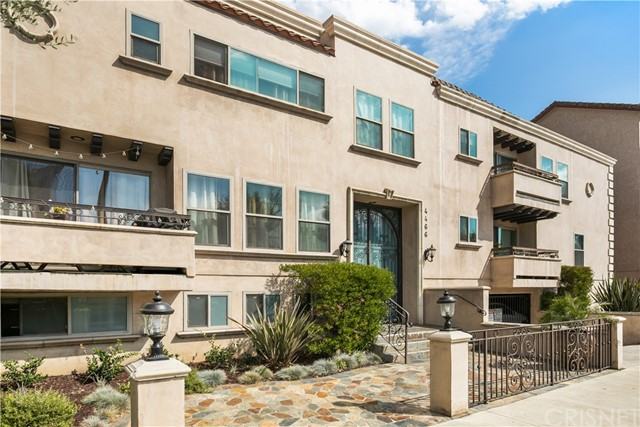 4466 Coldwater Canyon Avenue 205  Studio City CA 91604