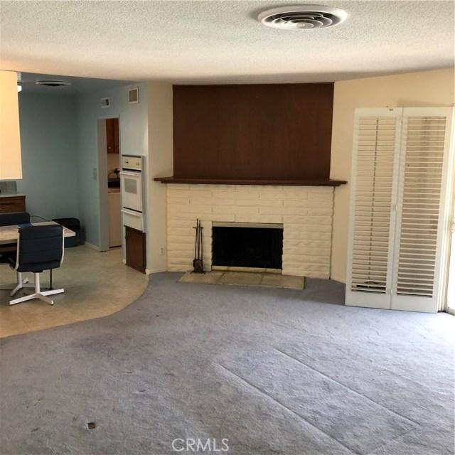 6622 Franrivers Avenue, West Hills CA: http://media.crmls.org/mediascn/22957318-25de-4d9e-9029-9ed7bf4e10a8.jpg