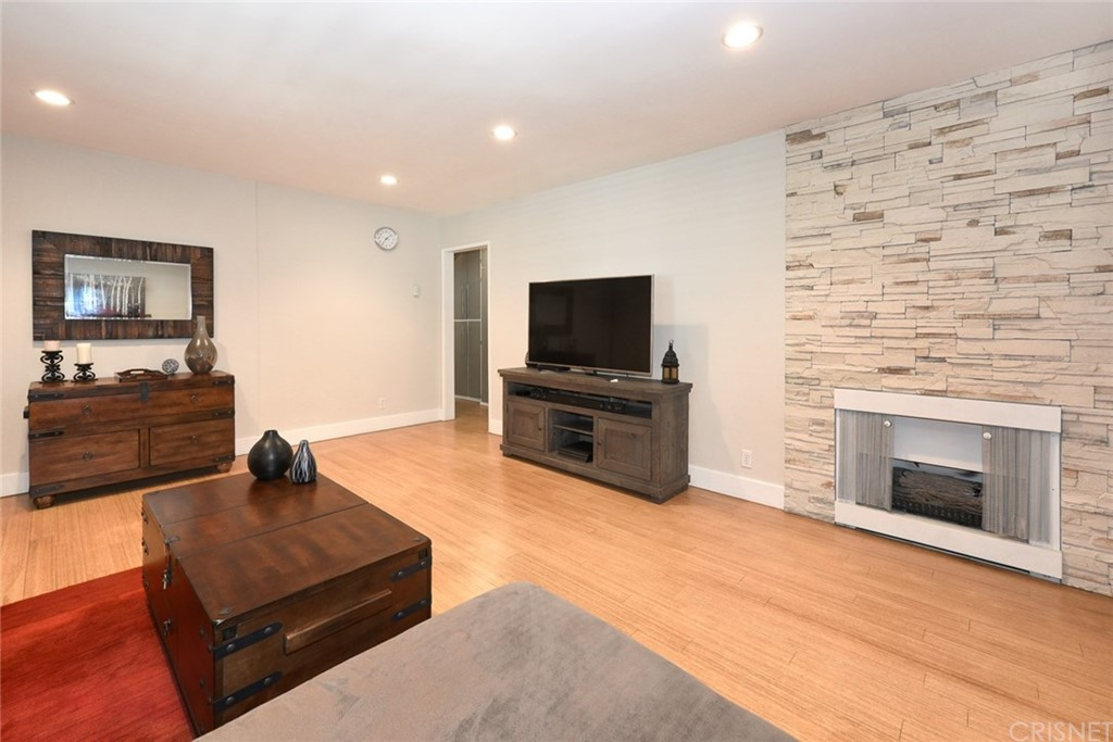 Property for sale at 1605 ARMACOST AVENUE #104, West Los Angeles,  CA 90025