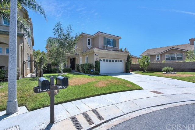 Single Family Home for Rent at 11516 Venezia Way Northridge, California 91326 United States
