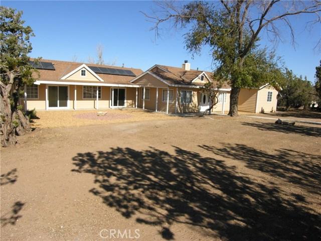Single Family Home for Sale at 12766 Juniper Lane 12766 Juniper Lane Oak Hills, California 92344 United States