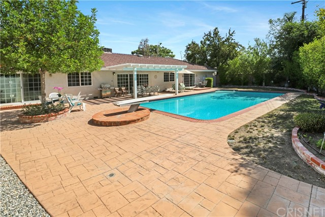 23944 Crosson Drive Woodland Hills, CA 91367 - MLS #: SR18224889