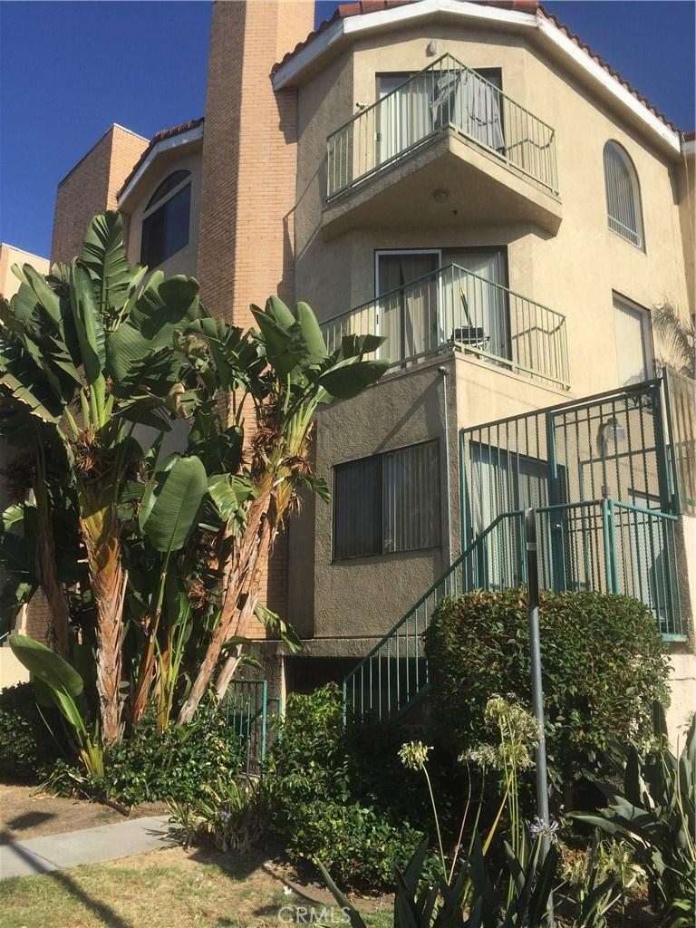 450 W DRYDEN Street 303, Glendale, CA 91202