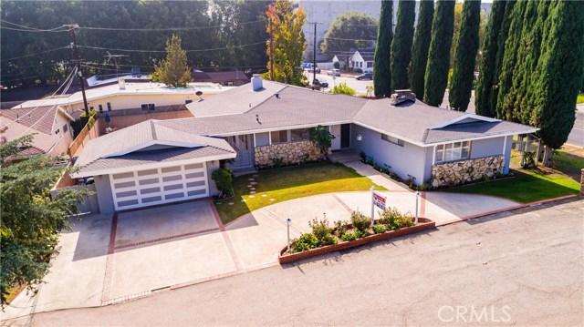 4904 Libbit Avenue, Encino CA: http://media.crmls.org/mediascn/240c732d-19d2-4be8-9444-8d48eeace4c2.jpg
