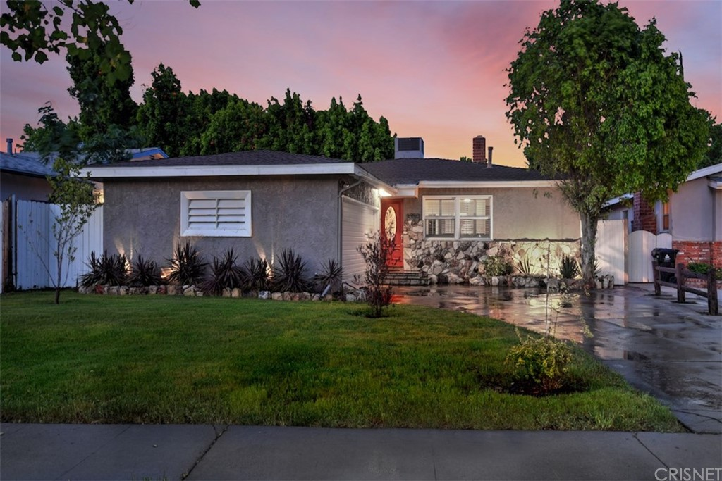 Photo of 5738 BEVIS AVENUE, Sherman Oaks, CA 91411