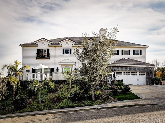 Single Family Home for Sale at 12301 Longacre Avenue Granada Hills, California 91344 United States