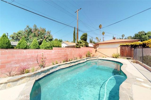 11725 Balboa Boulevard, Granada Hills CA: http://media.crmls.org/mediascn/24f09c69-2b84-4a99-937f-b81c834be849.jpg