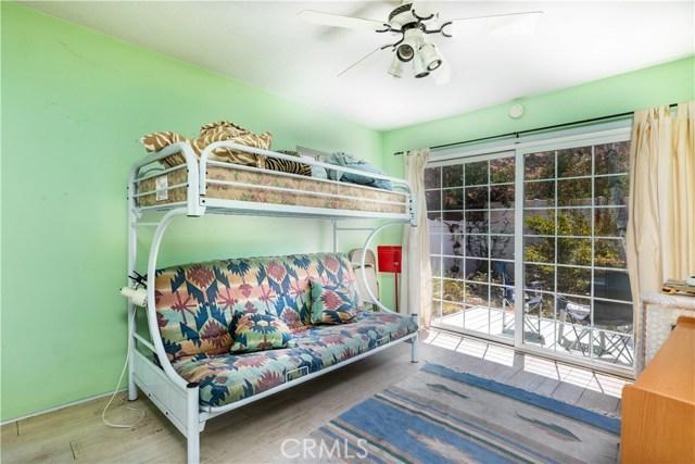 4245 Sepulveda Boulevard, Sherman Oaks CA: http://media.crmls.org/mediascn/258614ed-d127-4900-8a22-241138862c31.jpg