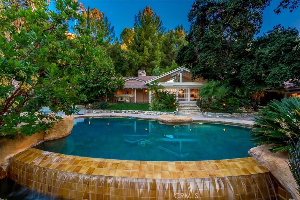 4425 WOODLEY Avenue, Encino, CA 91436