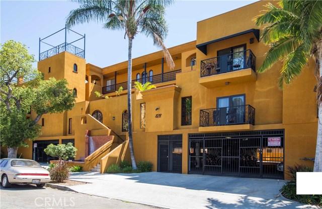 828 N Hudson Avenue, Los Angeles CA: http://media.crmls.org/mediascn/25abf4a0-cc05-423a-90c8-2762b5e98e26.jpg