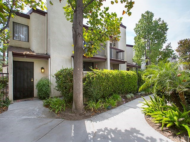 23541 Victory Boulevard Unit 1, West Hills CA 91307
