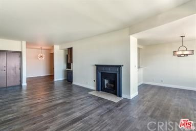 Photo of 4430 Noble Avenue #301, Sherman Oaks, CA 91403