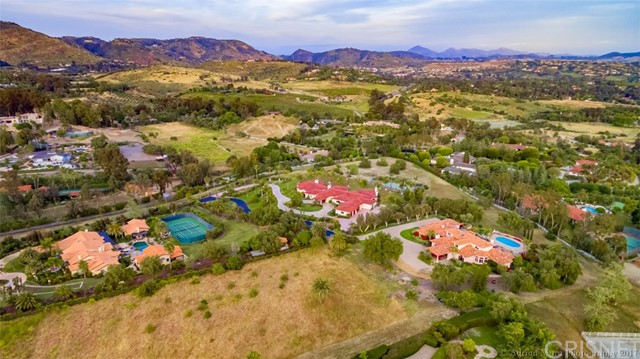 Single Family Home for Sale at 6625 Lago Lindo Rancho Santa Fe, California 92067 United States