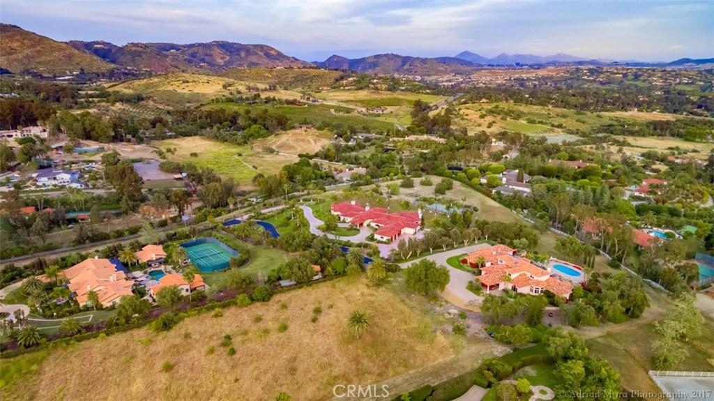 6625 LAGO LINDO, Rancho Santa Fe, CA 92067