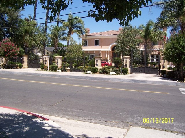 Single Family Home for Sale at 8750 Zelzah Avenue Northridge, 91325 United States