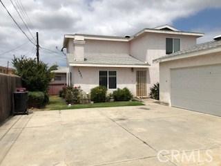14919 Larch Avenue, Lawndale CA: http://media.crmls.org/mediascn/26d9e89b-56bb-456b-a98e-dfa08cea3ddf.jpg