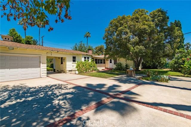 13614 Hart Street, Valley Glen CA: http://media.crmls.org/mediascn/26dfc976-01f0-4988-b49b-fee5e29758e4.jpg