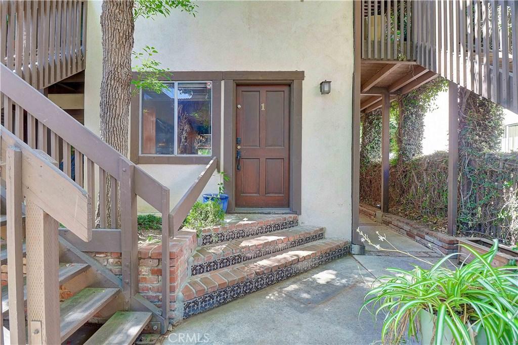 Photo of 15457 MOORPARK STREET #1, Sherman Oaks, CA 91403