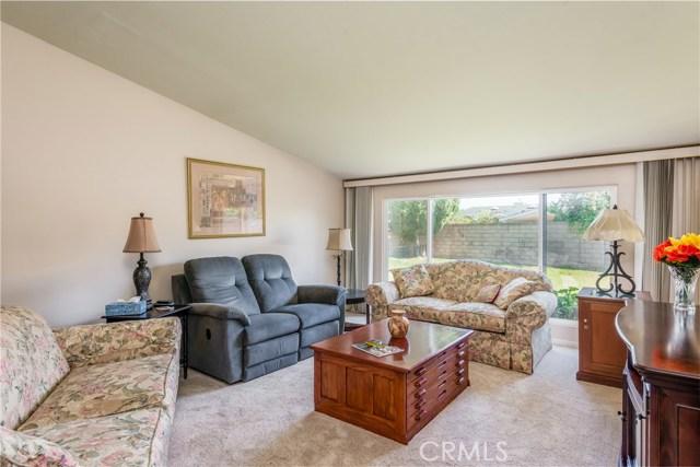 13225 Whistler Avenue, Granada Hills CA: http://media.crmls.org/mediascn/272f9b26-fce1-47ff-8d22-abf30f8a009d.jpg