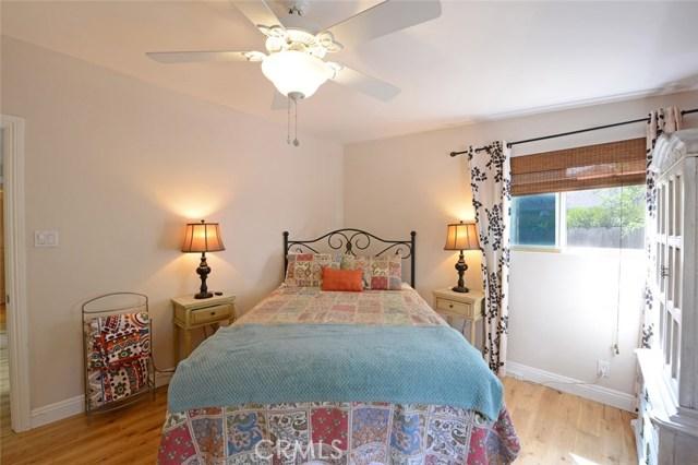 5519 Royer Avenue Woodland Hills, CA 91367 - MLS #: SR17231361