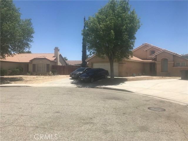 37714 Avenida De Diego, Palmdale CA: http://media.crmls.org/mediascn/28027254-d522-45e7-abde-3aa563a8292b.jpg