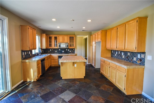39323 Clear View Court Palmdale, CA 93551 - MLS #: SR17253101