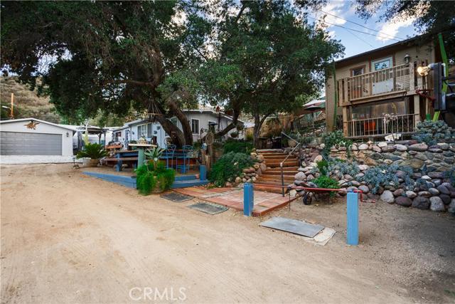 Property for sale at 33317 Eastern Avenue, Agua Dulce,  CA 91390