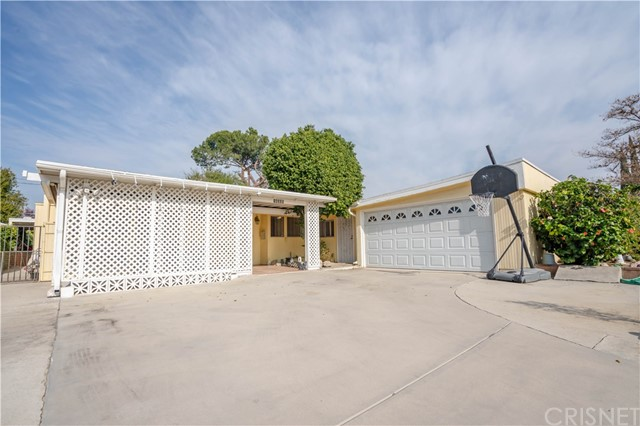 16335 Vincennes St, North Hills, CA 91343 Photo