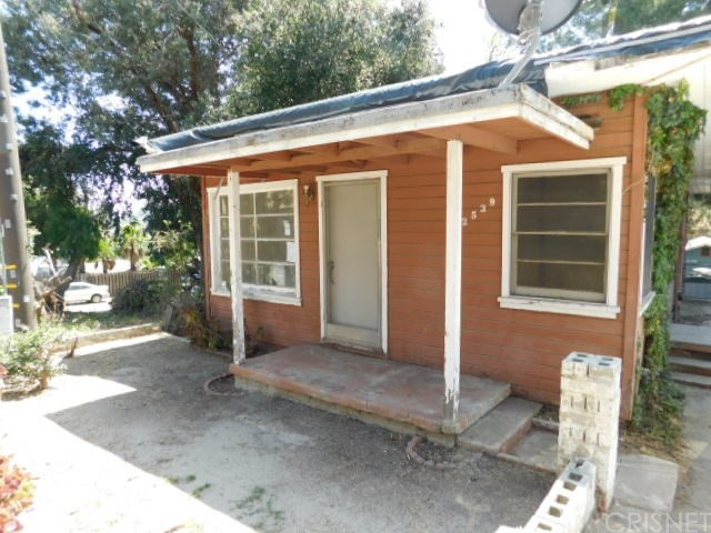 Single Family Home for Sale at 12539 6th Trail Kagel Canyon, California 91342 United States