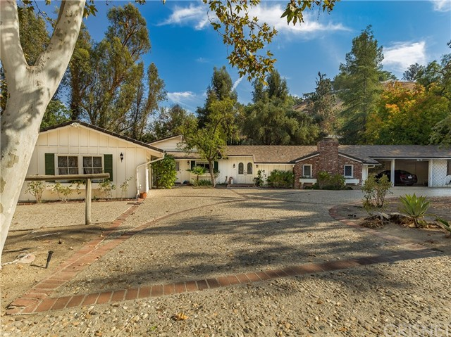 5686  Round Meadow Road 5686  Round Meadow Road Hidden Hills, California 91302 United States