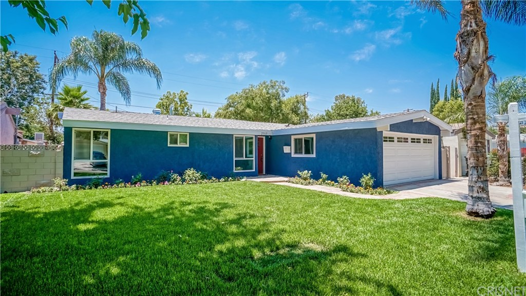 27537 EVENINGSHADE Avenue, Canyon Country, CA 91351