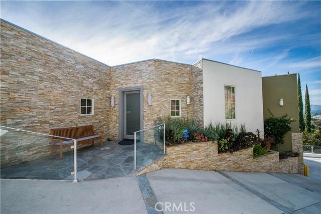 17707 Alonzo Place, Encino, California 91316- Oren Mordkowitz