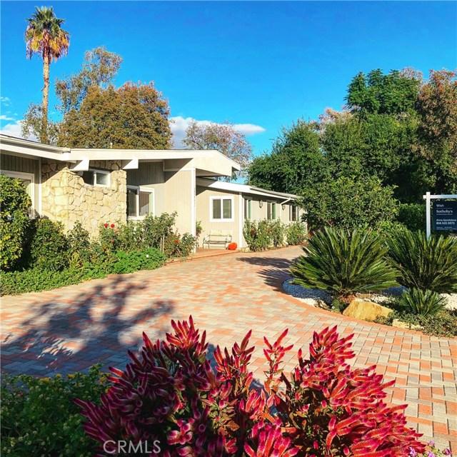 22441 Miranda Street  Woodland Hills CA 91367