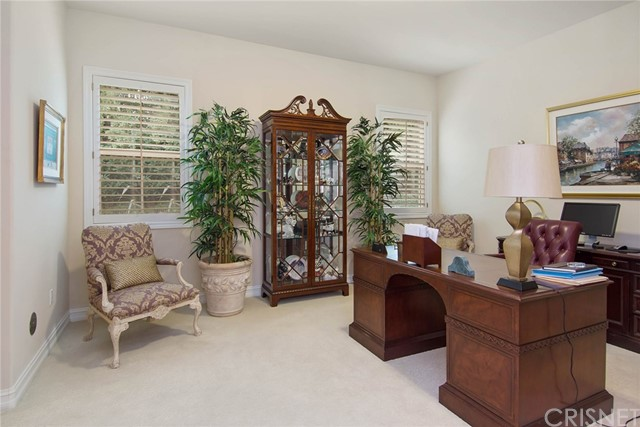 Additional photo for property listing at 3783  Winford Drive 3783  Winford Drive Tarzana, California 91356 United States