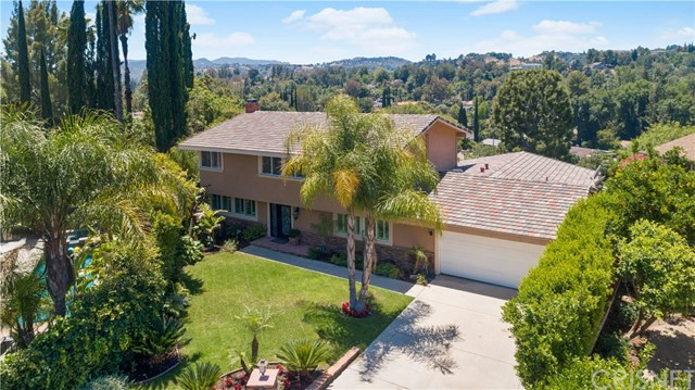 Photo of 24320 Johnetta Street, Woodland Hills, CA 91367