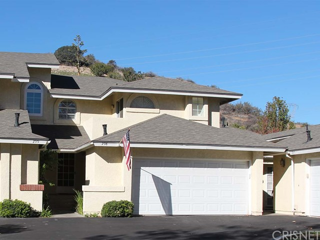 Property for sale at 22945 Banyan Place #298, Saugus,  CA 91390