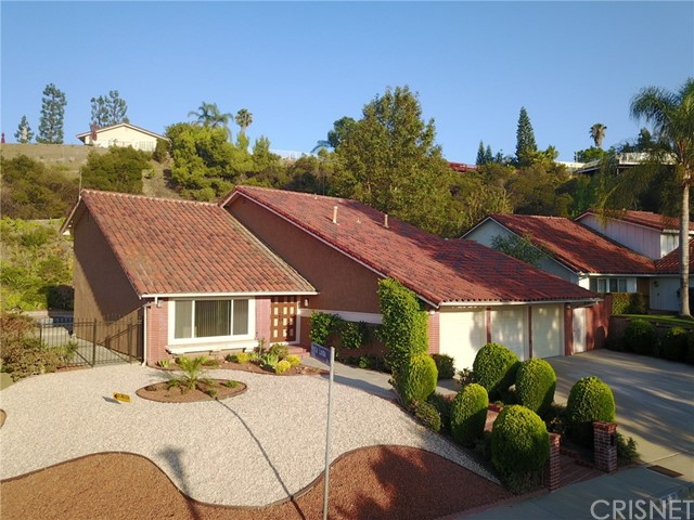 18100 Deer View Court, Encino, CA 91316