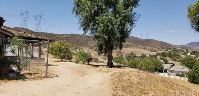 35102 Johnson Road Agua Dulce, CA 91390 - MLS #: SR18161511