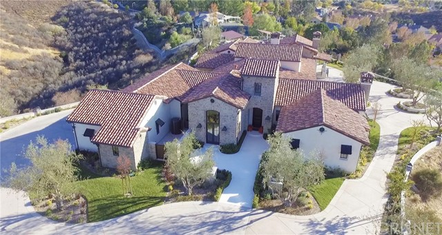 Single Family Home for Sale at 22431 Circle J Ranch Road 22431 Circle J Ranch Road Saugus, California 91350 United States